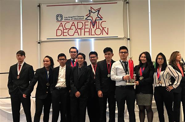 Arroyo Academic Decathlon Team Earns 27 Medals at County Competition